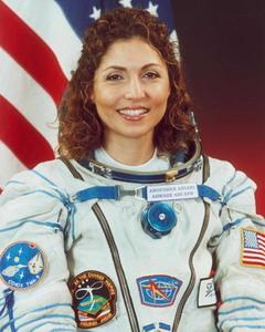 Space Adventures et ses cosmonautes touristes Ansari%20a_