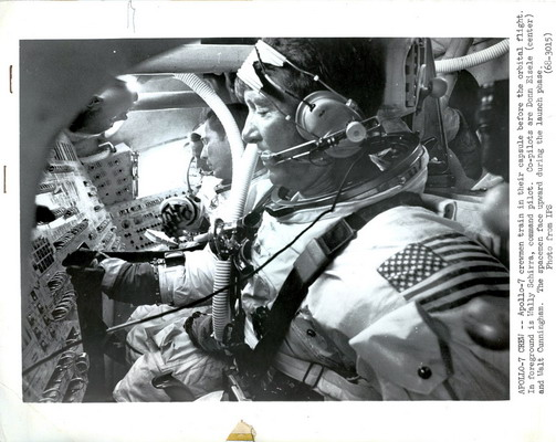 Apollo 7 Apollo 7_Crew_In_Capsule