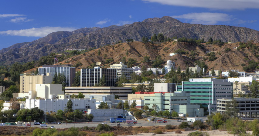Logo d'origine du JPL sur Explorer-1 JPL_Campus