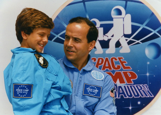 Patrick BAUDRY et son Space Camp: souvenirs et badges Space-camp-4